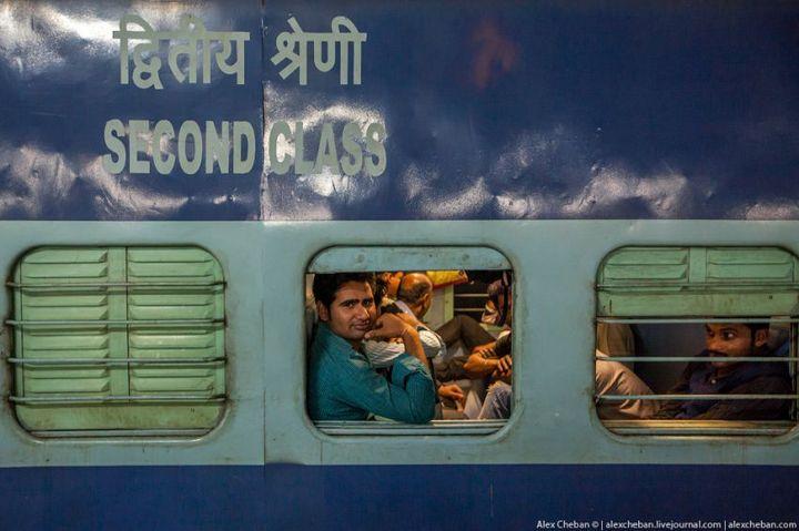 В общем вагоне индийского поезда (22)