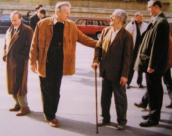 Фото Путина в начале карьеры, Путин и Собчак (1)
