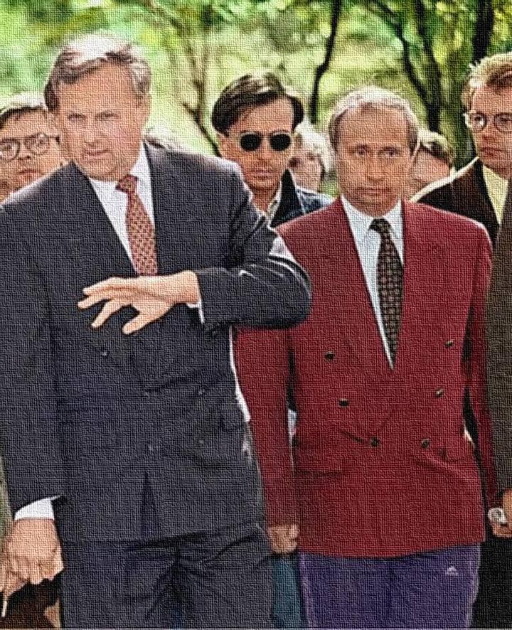 Фото Путина в начале карьеры, Путин и Собчак (5)