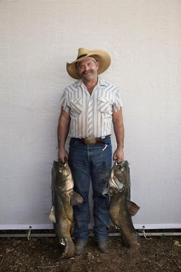 Ловля сома руками (7)