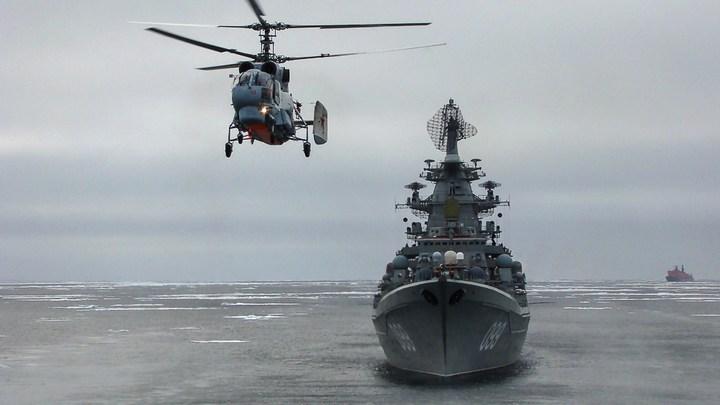 Ледокольная проводка отряда кораблей Северного флота (1)