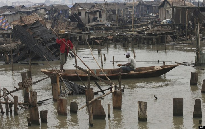 Плавучие трущобы Макоко, Нигерия (4)