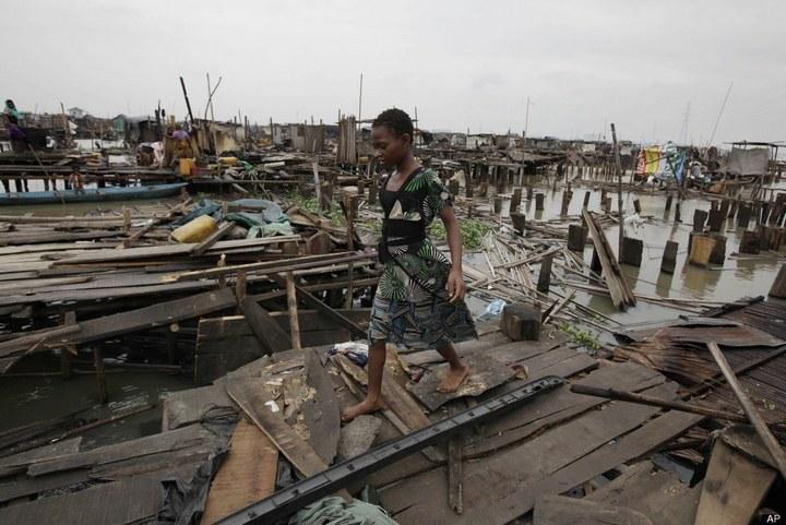Плавучие трущобы Макоко, Нигерия (5)