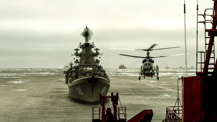 Ледокольная проводка отряда кораблей Северного флота (6)