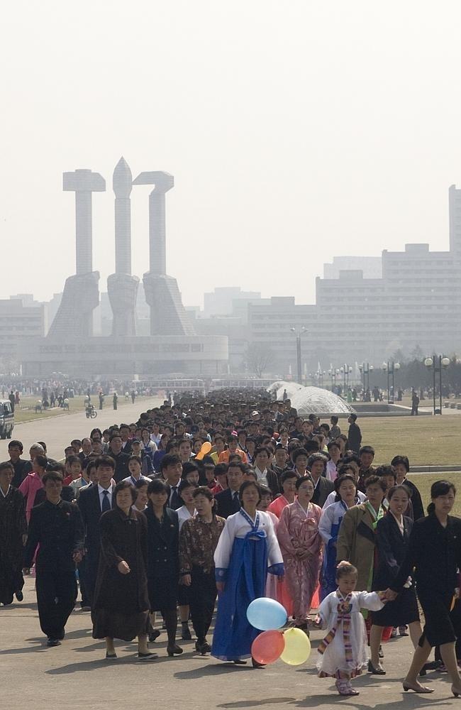 Запрещенные фотографии Северной Кореи (7)