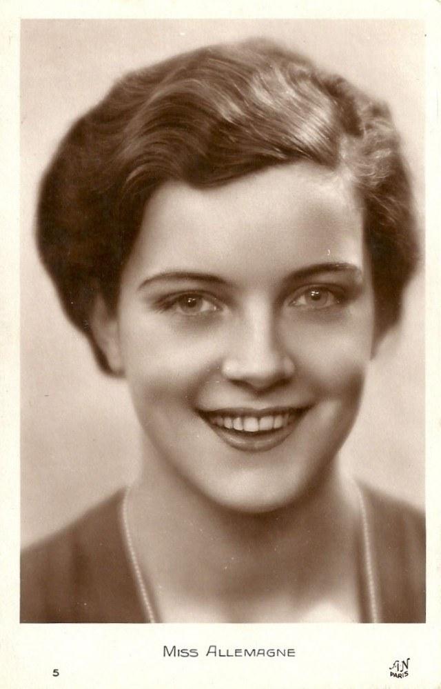 Мисс Европа — 1930 года (7)