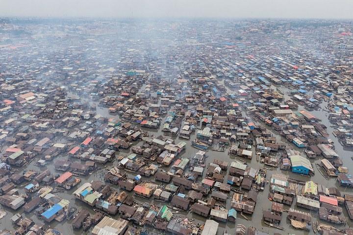 Плавучие трущобы Макоко, Нигерия (9)