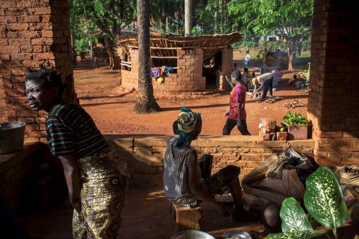 Тяжелая жизнь в Центральноафриканской Республике (16)