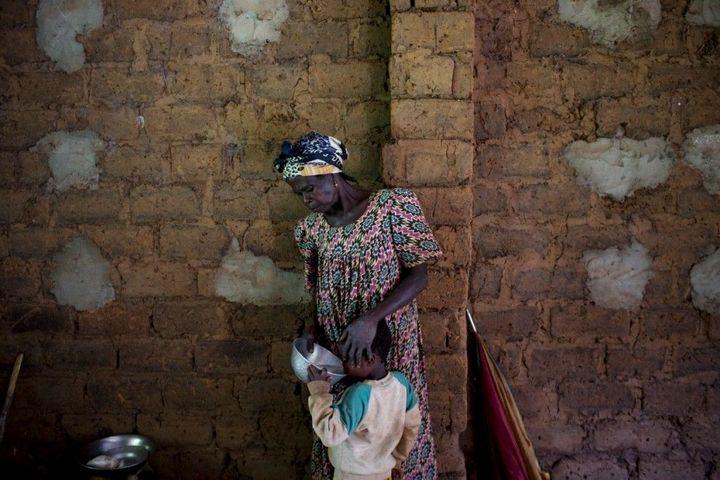 Тяжелая жизнь в Центральноафриканской Республике (17)