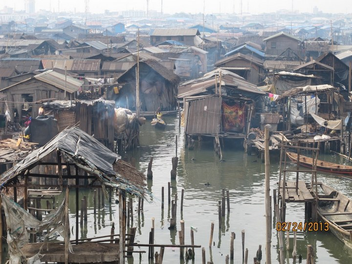 Плавучие трущобы Макоко, Нигерия (18)