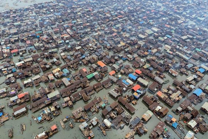 Плавучие трущобы Макоко, Нигерия (23)