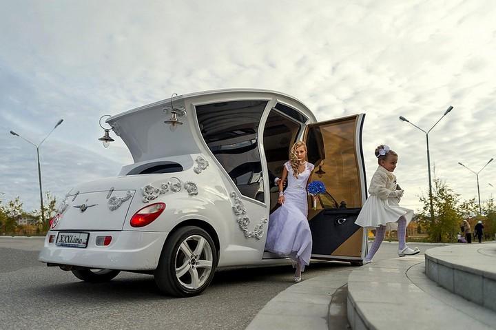 Автомобиль-карета для свадебных торжеств (4)