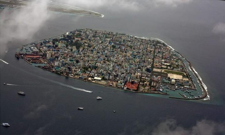 Мале — город в океане (10)