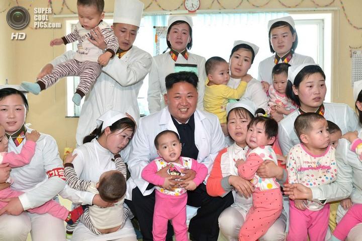 Как Ким Чен Ын деток в госпитале проведал (1)