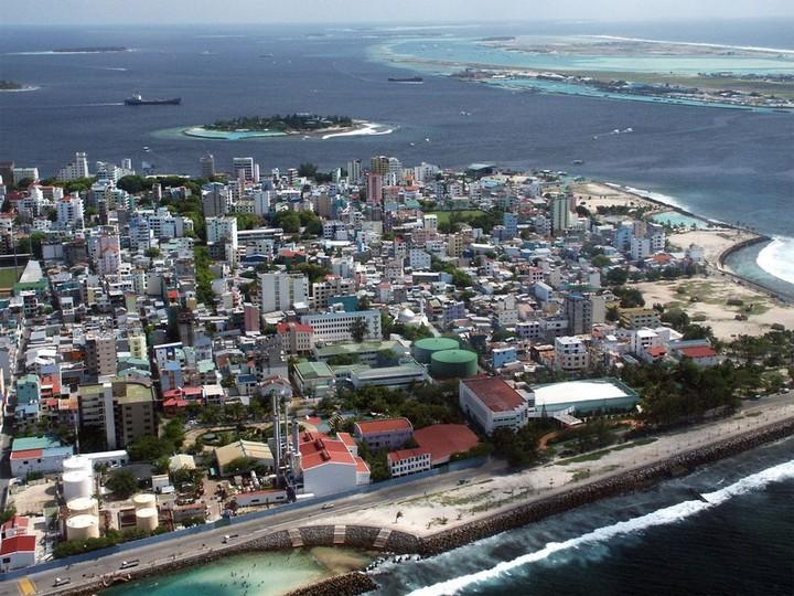 Мале — город в океане (6)
