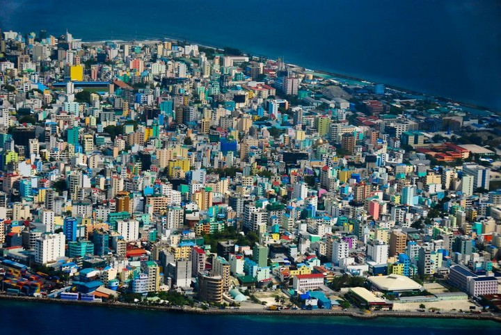 Мале — город в океане (2)