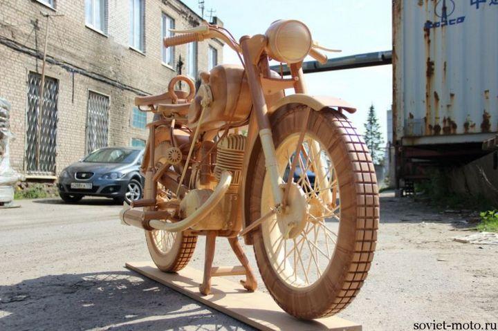 Копия мотоцикла ИЖ-49 из дерева (16)