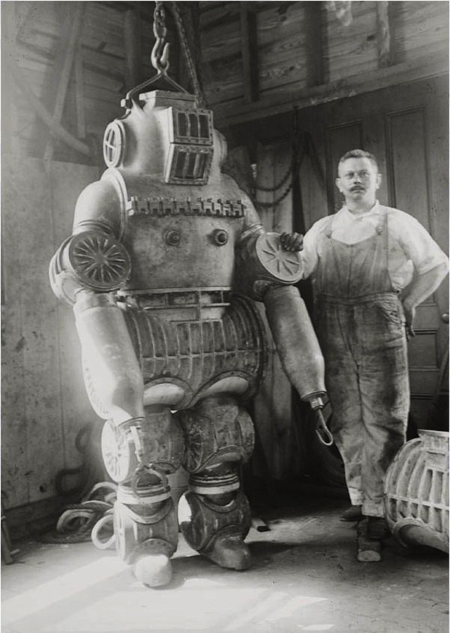 История и эволюция водолазных костюмов (18)