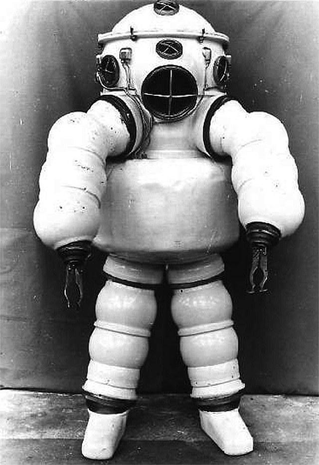 История и эволюция водолазных костюмов (21)