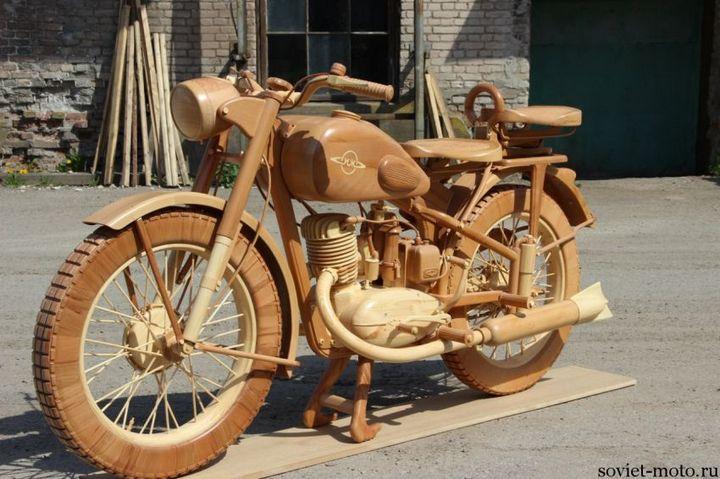 Копия мотоцикла ИЖ-49 из дерева (28)