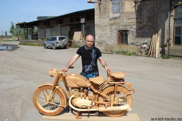 Копия мотоцикла ИЖ-49 из дерева (29)