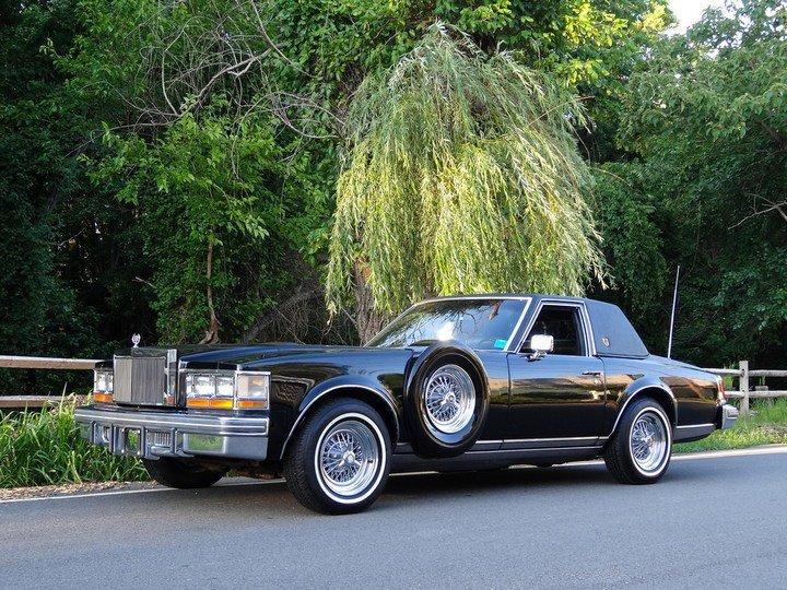 Большой черный Кадиллак Cadillac Seville Opera (1)
