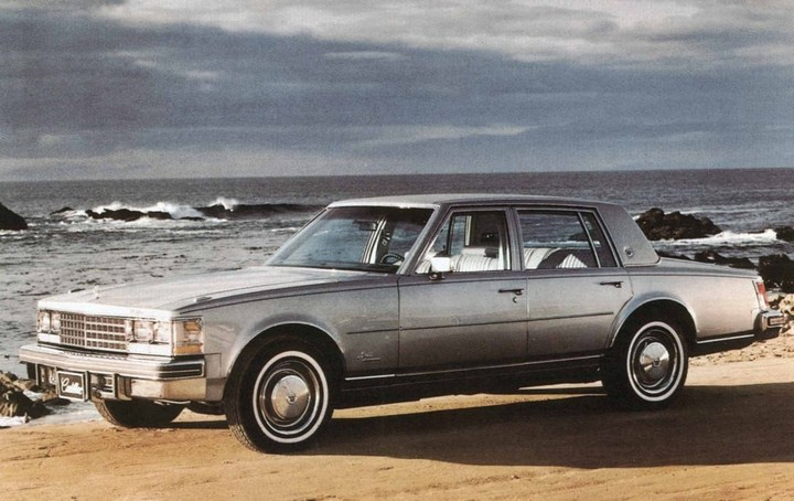 Большой черный Кадиллак Cadillac Seville Opera (2)