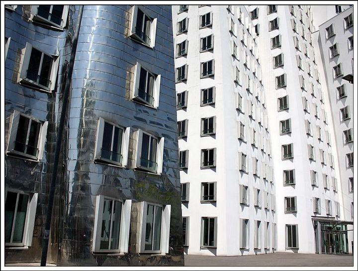 """""""Пьяные дома"""" Дюссельдорфа (4)"""