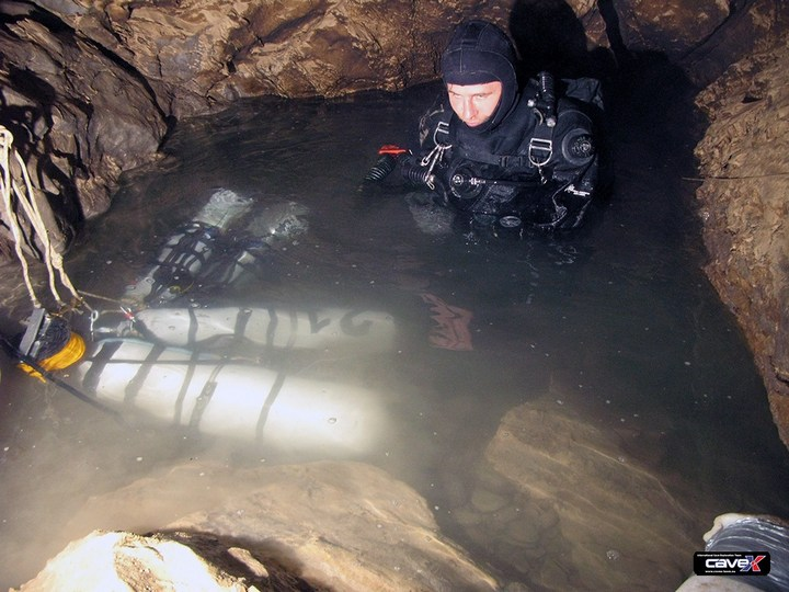 Самая глубокая в мире пещера (9)