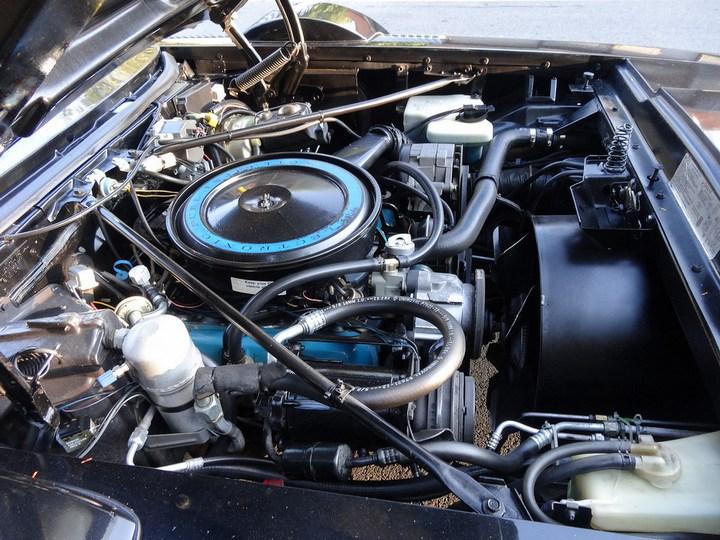 Большой черный Кадиллак Cadillac Seville Opera (13)