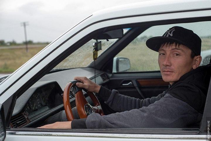 Казахстанский Кулибин сделал Роллс-ройс из Мерседеса (13)