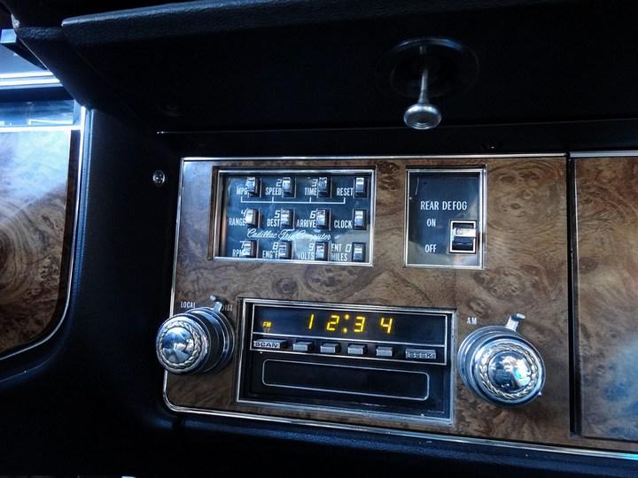 Большой черный Кадиллак Cadillac Seville Opera (21)
