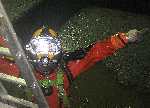 Чистка канализации по-взрослому (8)
