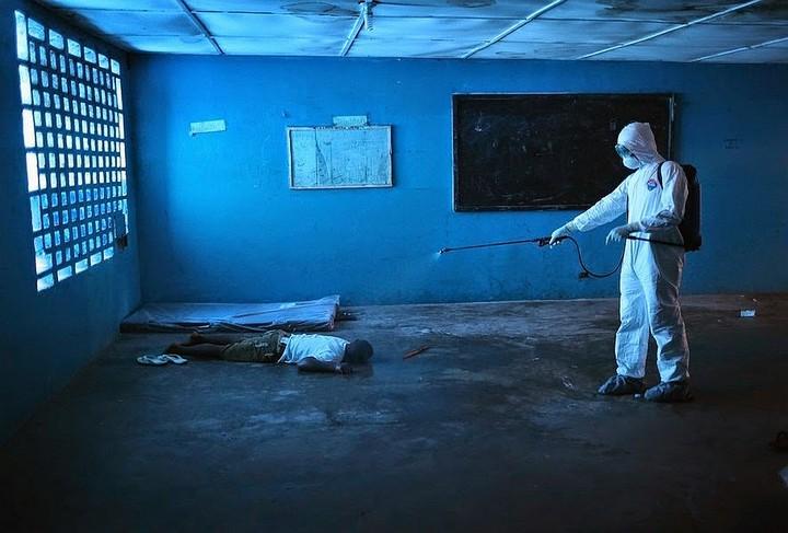 Дезинфекция палаты от лихорадки Эбола