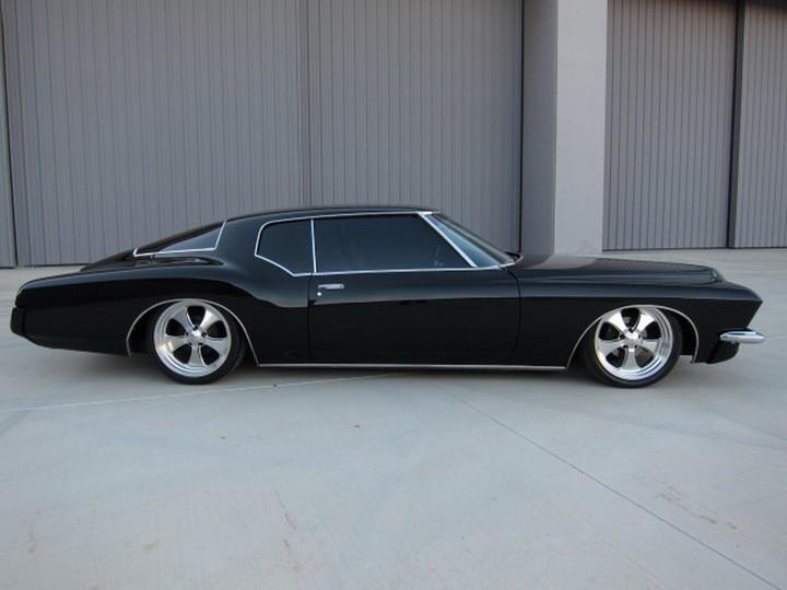 Buick Riviera Custom 1971 (2)