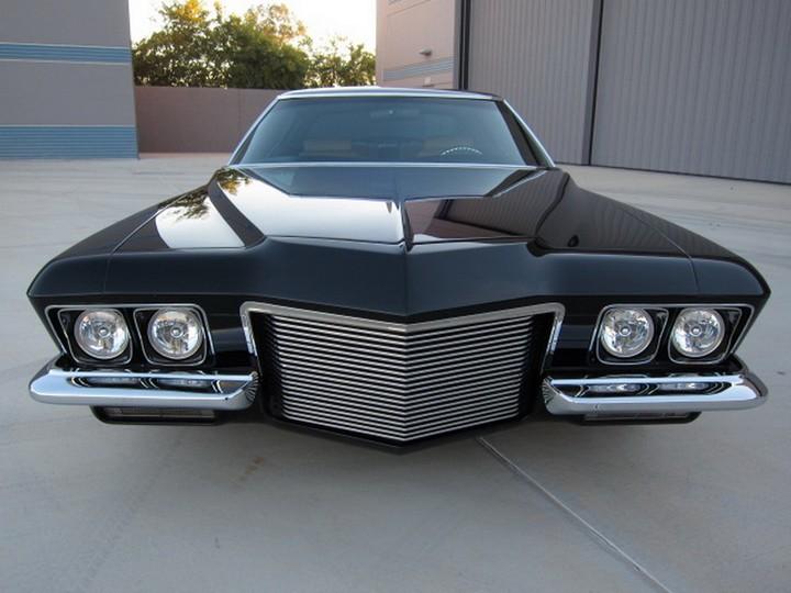 Buick Riviera Custom 1971 (5)