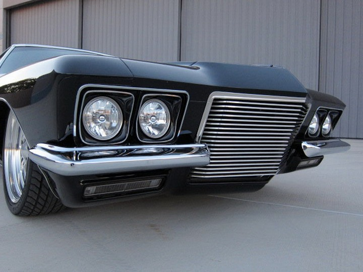 Buick Riviera Custom 1971 (8)