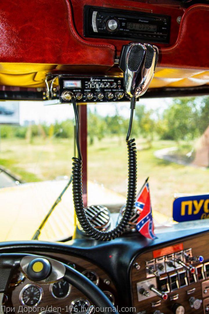 Классический американский трак Peterbilt 359 EXHD (19)