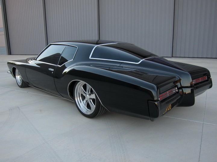 Buick Riviera Custom 1971 (15)