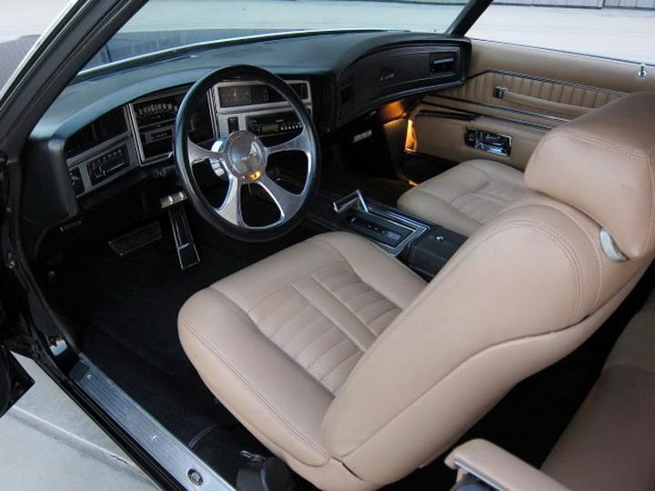 Buick Riviera Custom 1971 (21)