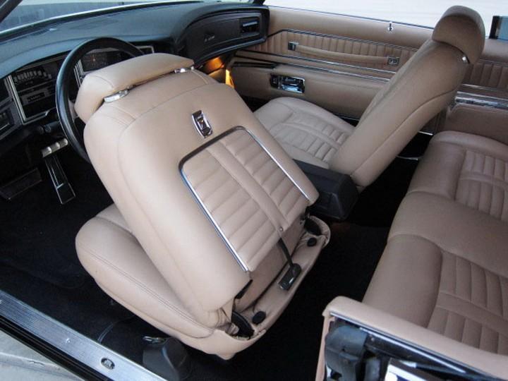 Buick Riviera Custom 1971 (26)