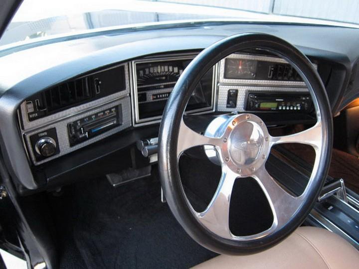 Buick Riviera Custom 1971 (29)
