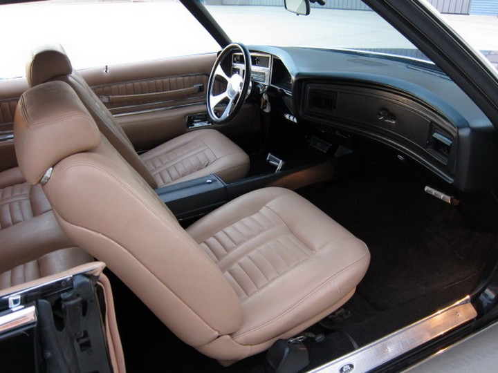 Buick Riviera Custom 1971 (30)