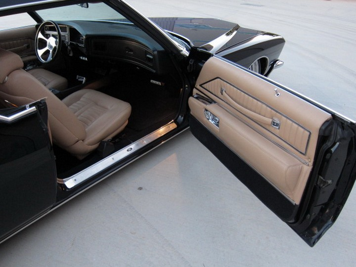 Buick Riviera Custom 1971 (31)