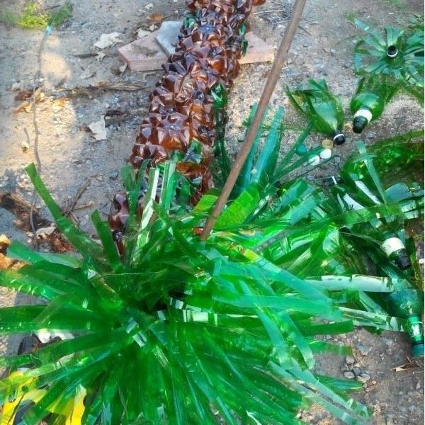 Как сделать пальму из пластиковых бутылок (3)