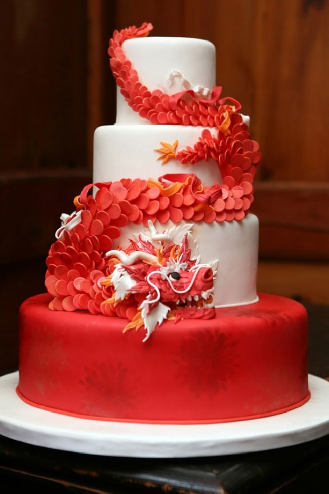 Самые необычные и красивые торты к праздничному столу (6)