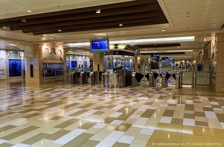 Как устроено метро в Дубае (7)