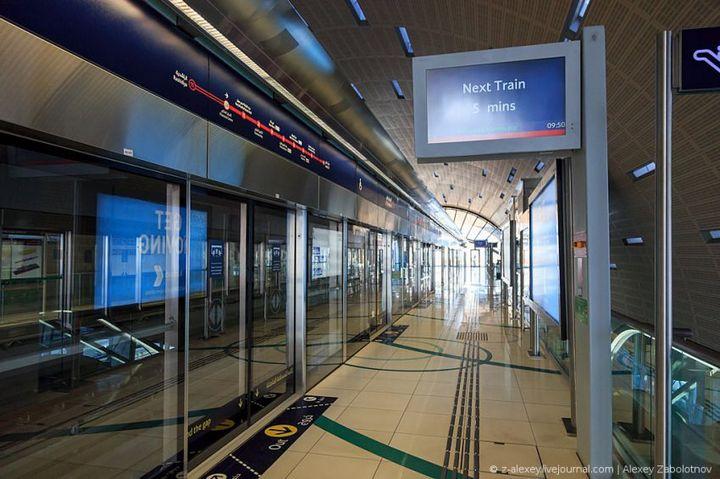 Как устроено метро в Дубае (12)