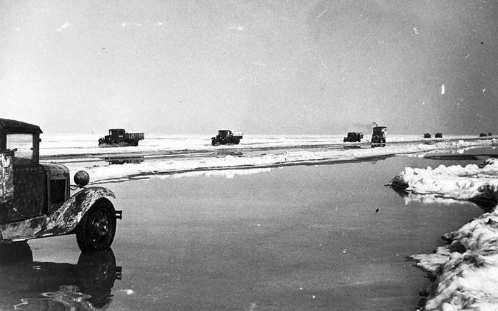 Ледовая дорога жизни, блокадный Ленинград (9)