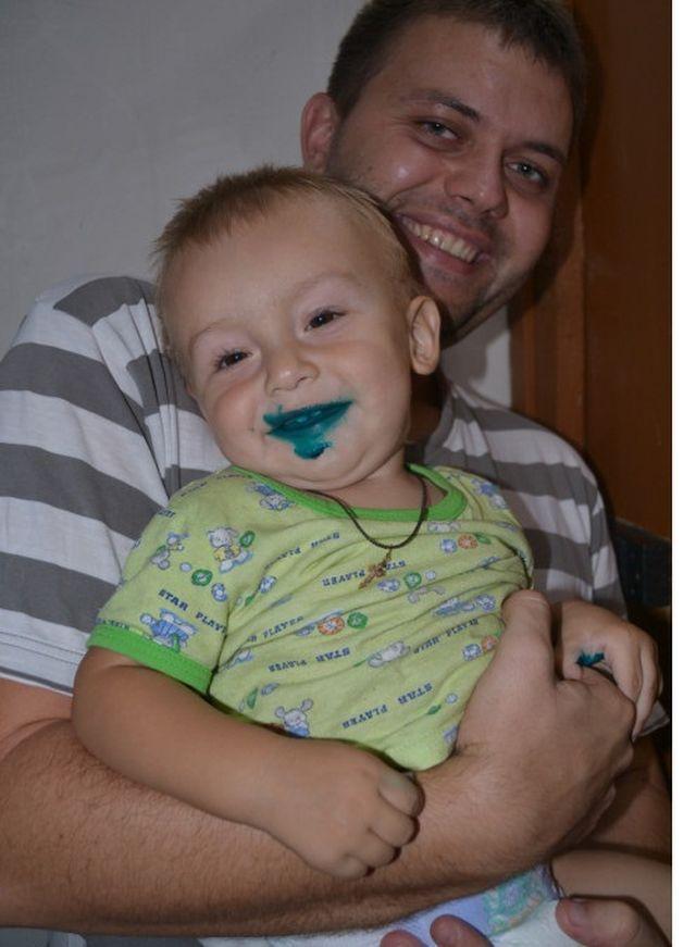 Дети, перепачканные в зеленке (5)